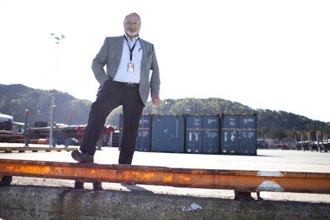 Oddgeir Ragnar Igland toppar både lista for formue og inntekt i Flora kommune.