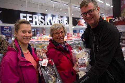 1000: Henny frå Førde kjøpte smalahove 999 og 1 000 ved Coop Extra på Kronborg i Førde.