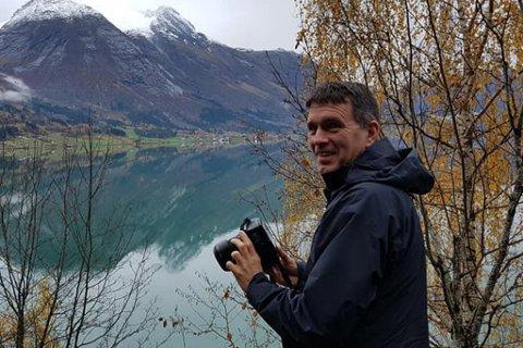 NY JOBB: Tor Arne Hauge har jobba med næring og natur i Solund kommune. No har han fått jobben som nasjonalparkforvaltar for Jostedalsbreen.