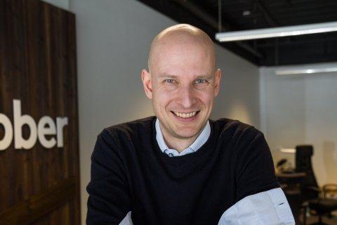 SKAL TILSETTE FLEIRE: Edgeir Aksnes er sjef og gründeren bak Tibber, no skal dei tilsette 20 nye til firmaet.