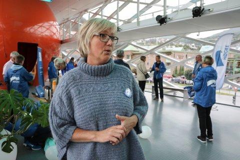 AVKLARING: Frida Melvær ønsker ei rask avklaring grunnrenteskatt for småkraftverk og fordeling av  kraftinntekter mellom kommunar, stat og fylke.