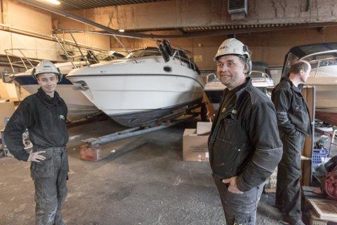 GJER SUKSESS: Fred-Åge Hyllestad starta firmaet Finio AS i Sørbøvåg i 2016. No er dei ferdig med deira første ombyggingsprosjekt, og allereie har innteninga så langt i år bikka ti millionar kroner.