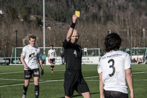 MÅ VINNE: Førde ligg tre poeng etter Årdal i kampen om sigeren i 4. divisjon. Skal dei henge med vidare må dei vinne kampen mot Studentspretten. Visst Førde vinn og Årdal taper i dag, har dei to laga like mange poeng.
