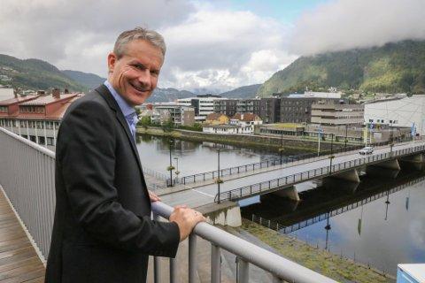 PENGEØNSKJER: Olve Grotle vil ha pengar frå regjeringa før kommunesamanslåinga.