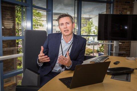 TEMPERATUR: Trond Teigene, administrerande direktør i Sparebanken Sogn og Fjordane, meiner banken er ein god temperaturmålar for samfunnet.