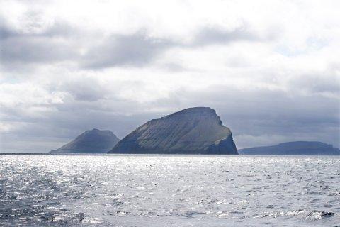 NÅDDE HIT: Ifølge Finn Løvholt i NGI har han fått meldingar om at fenomenet som slo innover Sogn og Fjordane i helga også skal ha treft Færøyane.