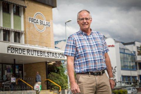 VERT KONSERNSJEF: Peter Olav Midthun har sagt opp stillinga som administrerande direktør i Firda Billag AS, og vert frå 1. november 2019 konsernsjef i Arne Stang AS.