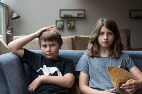 SKUMMELT: Tobias Andrè Tetlie (9) og Sandra Victoria Tetlie (12) var på veg til Vassenden då raset gjekk. Dei synest uvêret var ein skummel oppleving.