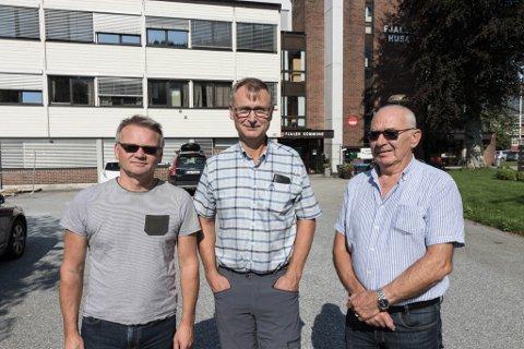 VANN IKKJE FRAM: (f.v) Jarl Egil Haugsbø, Ove Myklebust og Leif Skår har kjempa mot vindmølleprosjektet på Lutelandet.