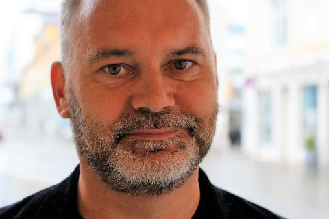 – SYND: Ola Teigen skrytte av Sp sin forhandlingsleiar Nils Myklebust som verkeleg ville få til noko saman med Arbeidarpartiet, men då kravet om folkeavrøysting kom på bordet, var det stopp.