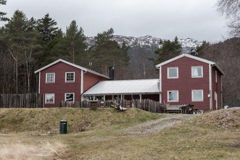 NYE EIGARAR: Eirik Strand og Therese Strand har kjøpt Fagernes hytte- og konferansesenter.