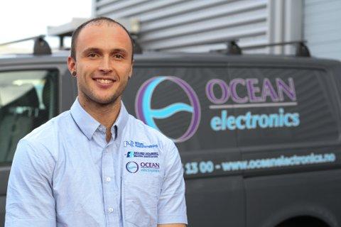 Steffen Winterthun fekk seg lærlingjobb i Ocean Electronics hos Jon Sigurd Solberg.