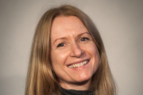 MEDVERKANDE: Komikar Christine Hope frå Bergen er med i ei av oppsettingane til Teater Vestland våren 2021.