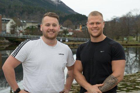 KORONAKREATIVE: Då Per Anders Berge (24) og Joakim Kvarme (23) blei permitterte under koronaen, byrja kollegaane og bestekameratane drøyme om å opne eit eige treningsstudio. Utpå våren opnar KB Gym på Sande.