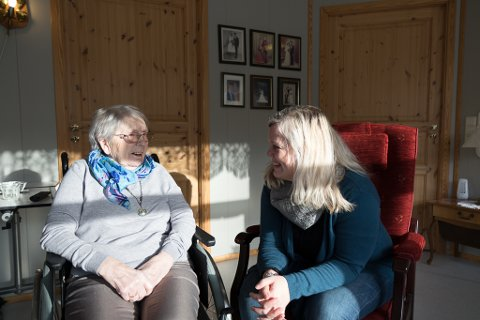 HELDIG: – Det er eg som er heldig som har ei mormor når eg er 46, Kjersti Larsen Grimelandshaug.