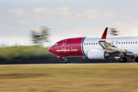 KANSELLERINGAR OG PERMITTERINGAR: Om lag 3000 av Norwegian sine flygningar blir kansellerte framover. Det fører også til større permitteringar for flyselskapet.