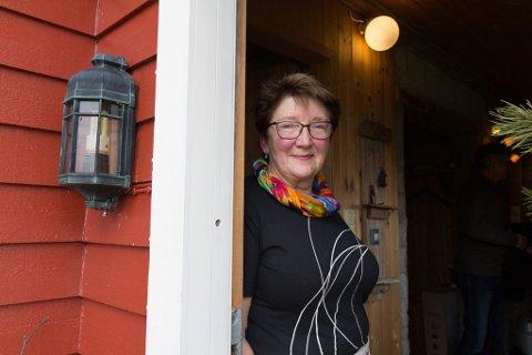 NÆR EI LØYSING: Liv Turid Gjørøy har arbeidd med å få på plass eit byggefelt i årevis. No kan det sjå ut som ting endeleg ordnar seg, og ho håpar at dei første tomtene er klare til våren.
