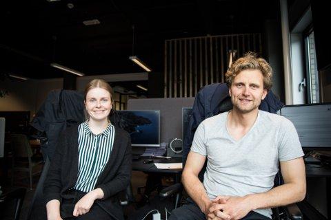 DEI NYE UTVIKLARANE: Astrid Høgset (26) og Tord Joranger (30) skal utvikle programvara til Norse Feedback som tilbyr digitale løysingar i helsesektoren.
