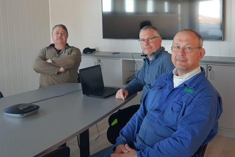 BRØR: Kjell, Helge og Roar Landøy driv familiebedrifta saman.