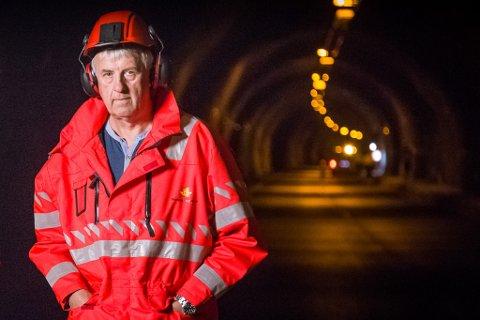 TRØDDE TIL: Ein tilfeldigheit gjorde at tunneleksperten  Sveinung Hovland (prosjektleiar Statens vegvesen) var i Frudalstunnelen då det byrja å brenne i ein lastebil.  Arkivfoto frå Høyangertunnelen.