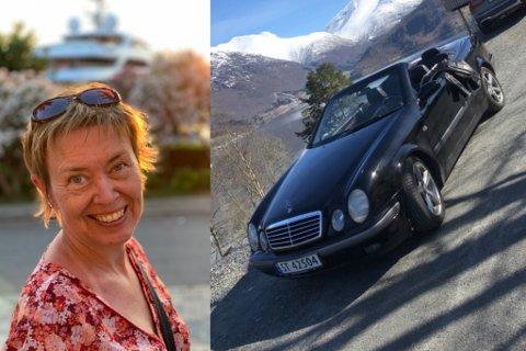 FRITIDSBIL: – Eg har faktisk ikkje vinterdekk på kabrioleten., den nyttar eg berre i sommarhalvåret, fortel Anne-Toril Vangberg.