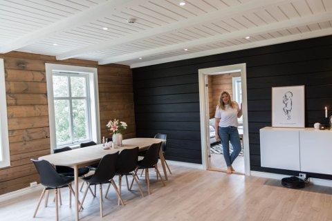 PUSSAR OPP: Marte Dvergsdal (28) og sambuaren er langt på veg med oppussinga av det 100 år gamle huset.