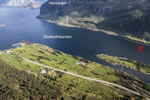 I Skatestraumen ligg Klubben på Bremangerlandet-sida. Her skal Kystverket etter planen skyte ut ei grunne i skipsleia.