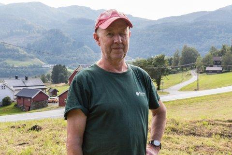 FRUSTRERT: - Eg hadde ikkje tenkt tanken på at nokon kunne finne på å stele noko slikt, seier Norleiv Ragnvald Erdal(66), som bur på Hornnes i Førde.