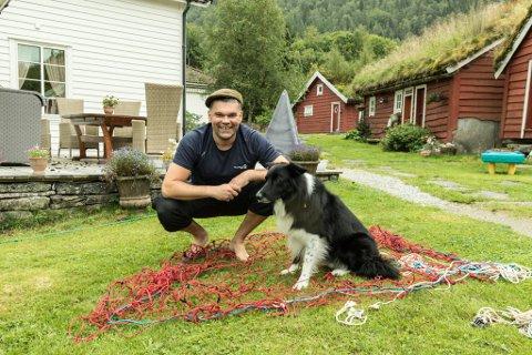 Simon Vie lagde ulvefelle heime på garden på Vie.