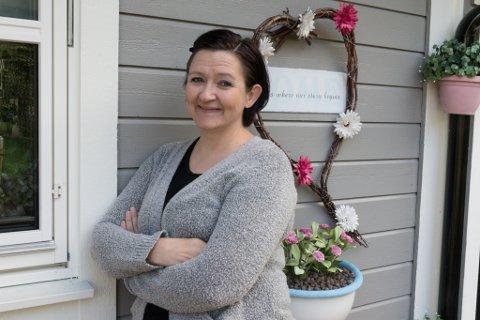 STOR GLEDE: Då Marita Reite ikkje greidde å vere i jobb lengre i fjor, blei hobbyen hennar endå viktigare enn før. -Eg veit ikkje kva eg skulle gjort utan, seier 43-åringen.
