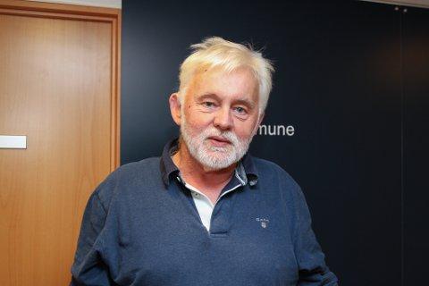 NYTT TILFELLE: Jan Helge Dale er kommuneoverlege i Kinn kommune. Han fortel at Florø sitt ferskaste smittetilfelle er ein gjestearbeidar.