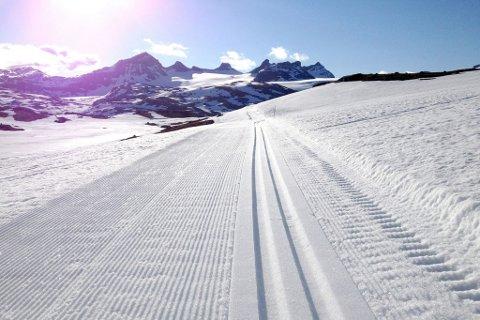 REOPNING: Måndag opnar skiløypene på Sognefjellet.