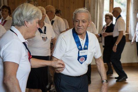 DANS: Seniordans er blitt Gunnstein Kvåle sin store lidenskap, og han håpar fleire vil bli med.