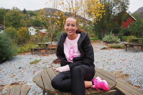 VIL HJELPE: Etter sjølv å ha vore gjennom alvorleg kreftsjukdom, ynskjer Monica W. Tufte no å hjelpe andre.