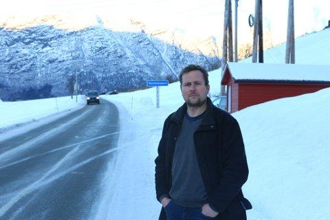 REAGERER: Krinsleiar Oddgeir Kvitenes i Nesjane krins synest lite om at UP sin kontroll vart varsla om.