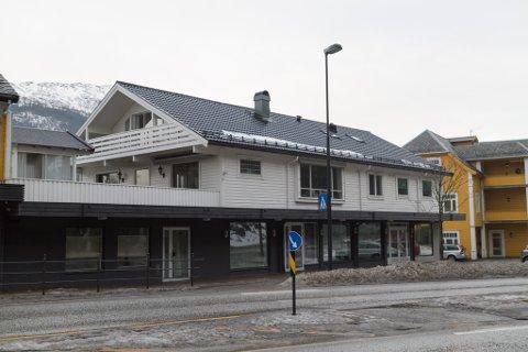 BOBLEBAR: Elveleia AS skal etablere ein boblebar i Flatenbygget i sentrum sør i Førde.