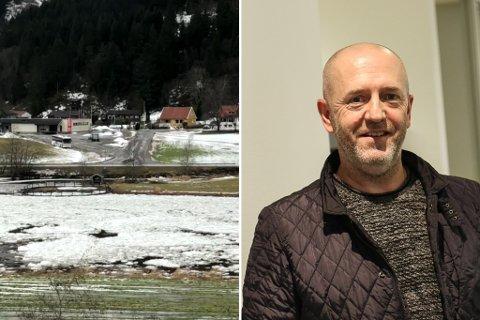 FILMA: Ole Jonny Klopstad kan ikkje hugse å ha sett all isen i nedste del av Nausta komme losne så fort før.