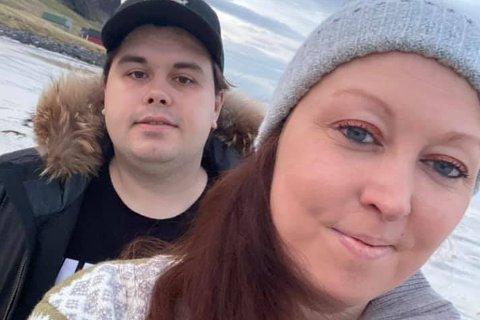 FRI: Monica Vederhus møtte Sebastian Fredheim Gjerde (26) i 2019. Då var begge i rusmiljøet. I dag har dei det heilt annleis.
