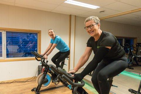 VIKTIG: Hildegun Kårstad Støfring (til høgre)) og Nina Sunde Fossheim har funne god medisin i trening, men også i vennskapet dei imellom.