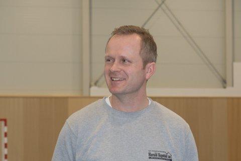 BETYR MYKJE: Dagleg leiar Geir Harald Kapstad i entreprenørselskapet Harald Kapstad AS seier at prosjektet gir arbeid til mange tilsette i bedrifta framover.