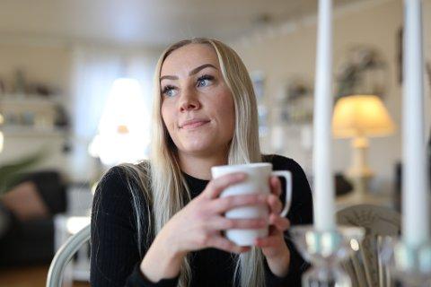 RETTFERDIG: Marlene Berg Solheim (28) var overraska over den tydelege skeivfordelinga mellom kva ho og abonnentar i Oslo betalar i nettleige over straumrekninga. - Eg betalar 40 prosent meir, men skjøner ikkje kvifor, seier ho.