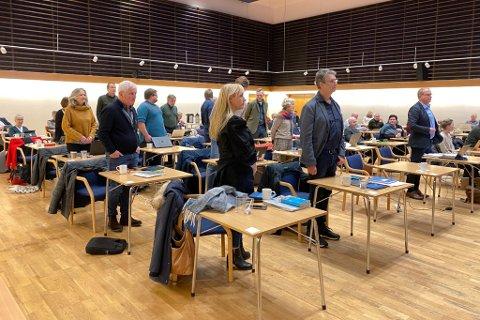 AVGJORDE: Kommunestyret i Sunnfjord avgjorde brannsaka som har rulla i fleire år. Møtet var digitalt, dette er eit arkivfoto frå februar.