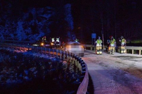 ULYKKE: Det var to bilar involvert i ulykka på E39 ved Bekkjavatnet laurdag kveld.