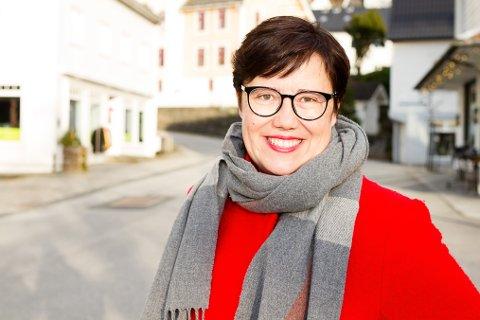 FJERNE KLASSESKILLE: Stortingskandidat Hege Lothe (Sv) vil gjere SFO gratis. Det vil ifølgje ho gje borna like sjansar, og sikra at borna får fri når foreldra har fri.