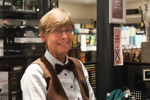 Grethe Lysen, nestleiar Vinmonopolet i Førde.
