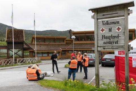 OVER: Streiken ved Røde Kors-senteret på Haugland i Fjaler er avslutta.