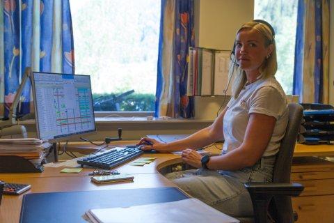 RINGERUNDE: Einingsleiar Camilla Lovise Elvebakk Stein må avlyse torsdagens kveldsoppdrag. Tre av hennar tilsette er tatt ut i streik.