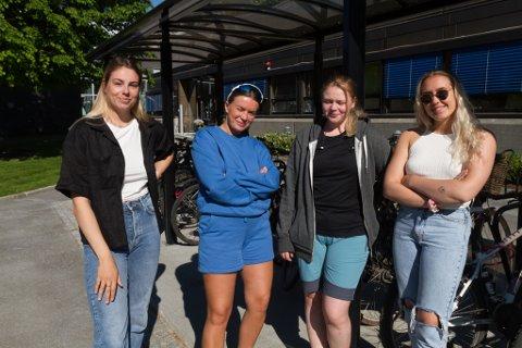HAR TATT TIDA: Frå venstre: Ingrid Kvam (22), Tomine Berge (22), Guro Larsen (23) og Vanja Lyshol (21) går andreåret på sjukepleiarutdanninga ved høgskulen i Førde.