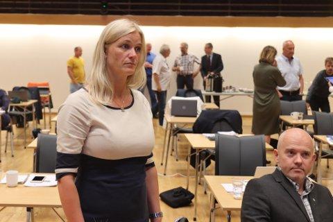 FØRESLO: Gunn Merete Paulsen (V) fremja forslaget om å gi dårlegare tid for politikarane å bestemme seg. Det var alle einige i.