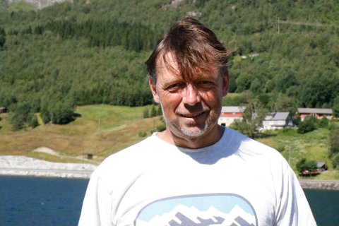 ENGASJERT PADLAR: Ingvald Kvåle begynte så vidt med padling i 2004. Dei siste tre åra har han tatt opp padlinga igjen.